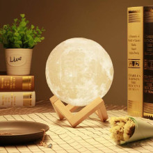 3D LED Lighting Real Moon Surface Re-Chargeable Wireless Lamp with Wooden Stand